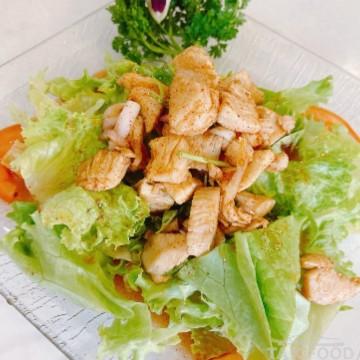 Salade de poulet aux piments