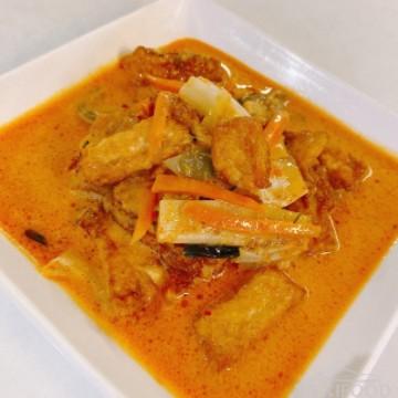 Tofu au curry rouge